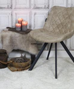 goedkope-moderne-eetkamerstoelen-stoelen-eetstoelen-leatherlook-beige-zwarte-metalen-poten-dubbelman-design
