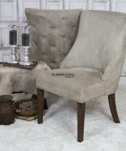landelijke-eetkamerstoel-eetstoel-Coco-suede-leatherlook-light-beigeknopen-rug-dubbelman-design