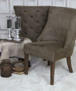 landelijke-eetkamerstoel-eetstoel-Coco-suede-leatherlook-bruin-knopen-rug-dubbelman-design
