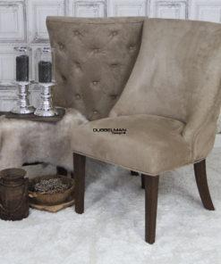 landelijke-eetkamerstoel-eetstoel-Coco-suede-leatherlook-beige-knopen-rug-dubbelman-design