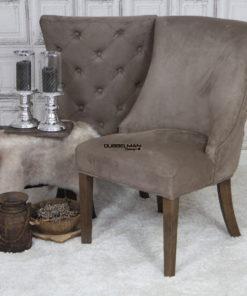 landelijke-eetkamerstoel-eetstoel-Coco-suede-leatherlook-taupe-knopen-rug-dubbelman-design