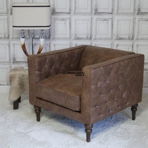 fauteuil-leatherlook-bruin-chesterfield-landelijk-wonen-dubbelman-riviera-maison